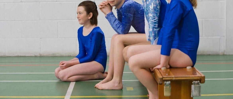 Een gevarieerder gymles met banken; tips van Merle en Rachel