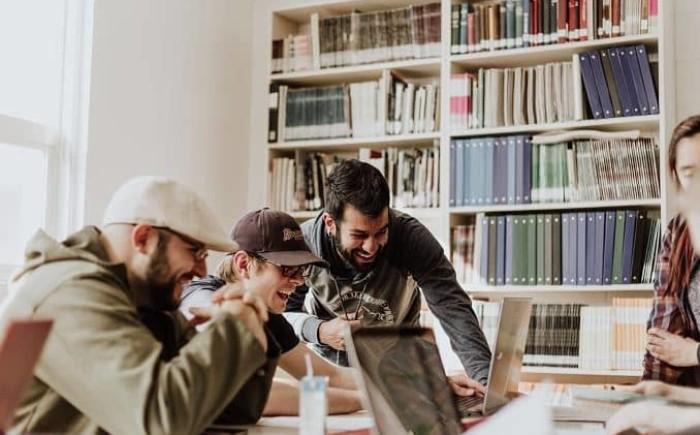 Waarom betrokkenheid, empathie en relaties op het werk belangrijk zijn.