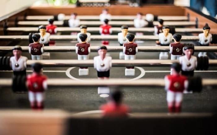 Positief leiderschap  + Een positieve bedrijfscultuur  = Tevreden werknemer