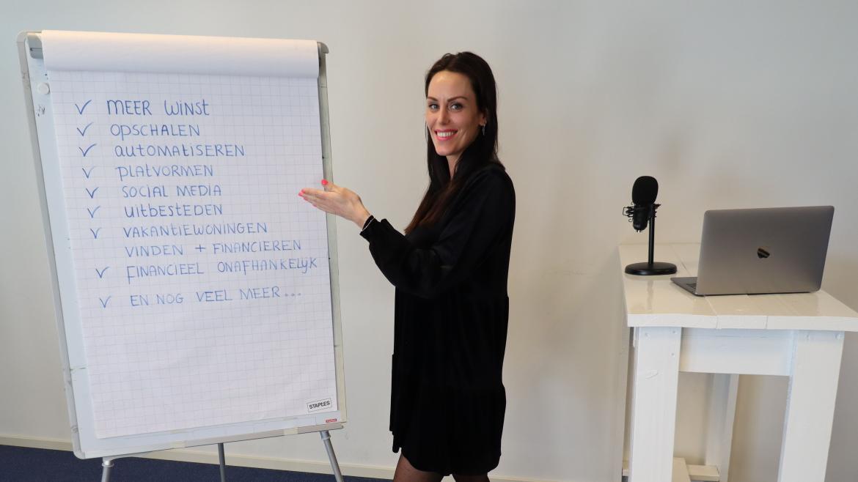 Nikki geeft online training over vakantieverhuur