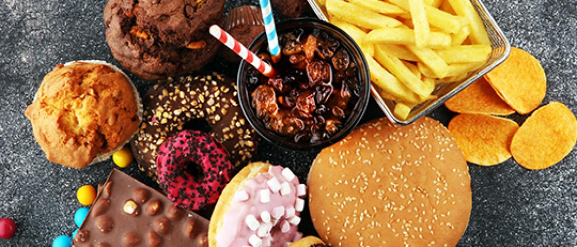Gewoon een eetbui of toch een eetstoornis? Alles over Binge Eating Disorder (BED)