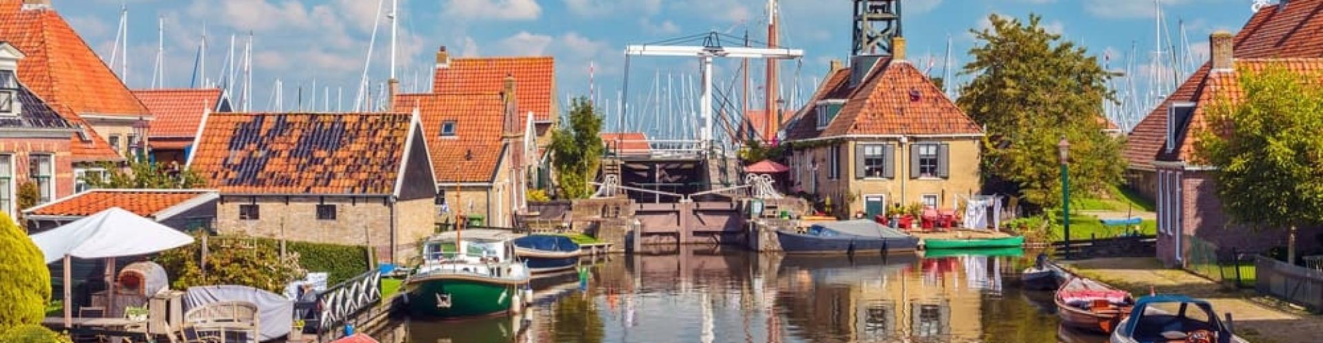 Groepsaccommodaite in Friesland aan het water