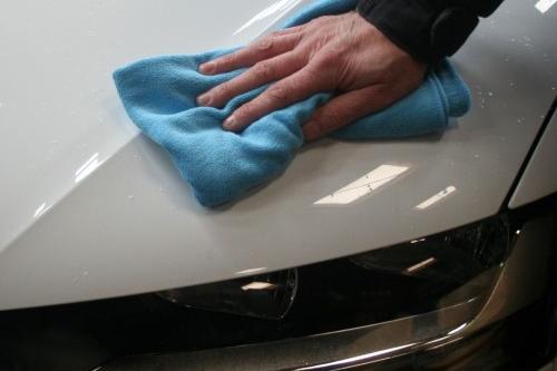 Auto laten poetsen