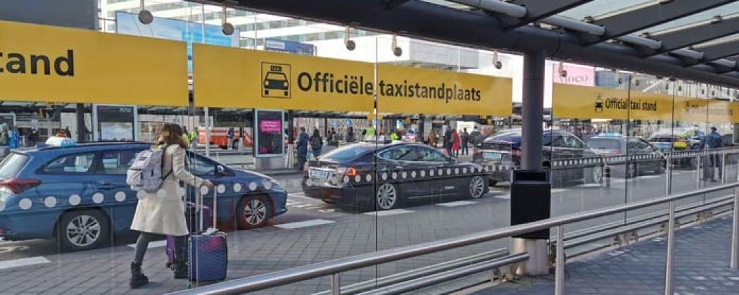 Taking a Taxi in Amsterdam? This is how you recognize an official taxi in Amsterdam.