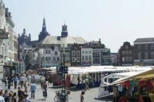 Afbeelding van de stad Den Bosch (De Bossche Markt)