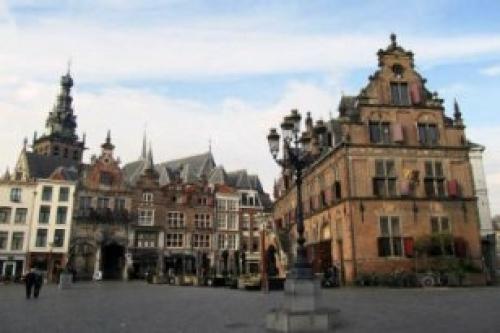 Afbeelding van de stad Nijmegen (Boterwaaf aan de Grote Markt)