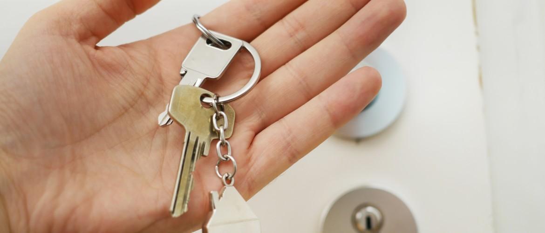 'Ingrijpen in de woningmarkt is hard noodzakelijk' (interview met Bram Klouwen)