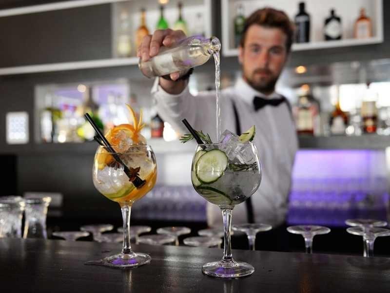 bar / lounge hotel de cooghen