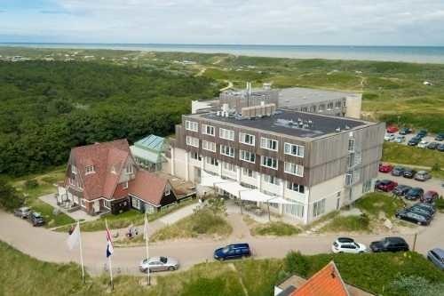grand hotel opduin texel vanuit de lucht