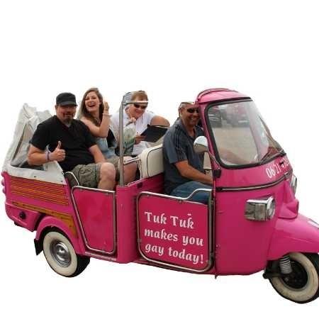 de roze tuktuk van texel