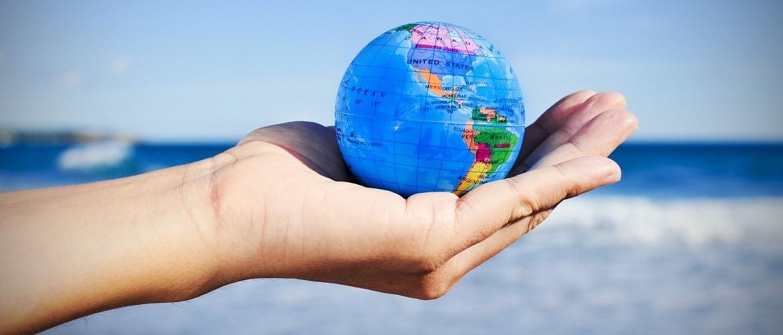 Heb je er al eens aan gedacht om te gaan werken in het buitenland na je studie? Lees hier wat de voordelen zijn!