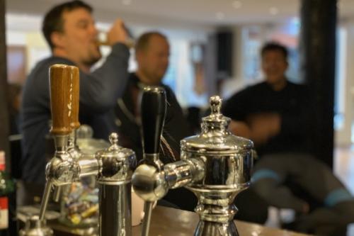 Groepsaccommodatie in friesland met bar en tap