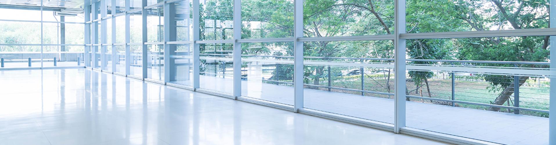 Transparante vloercoating VVE