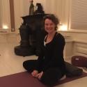 Mandana Mindful Yoga Pose