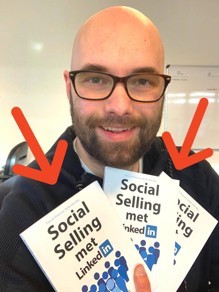 Marc met Social Selling op LinkedIn in handen