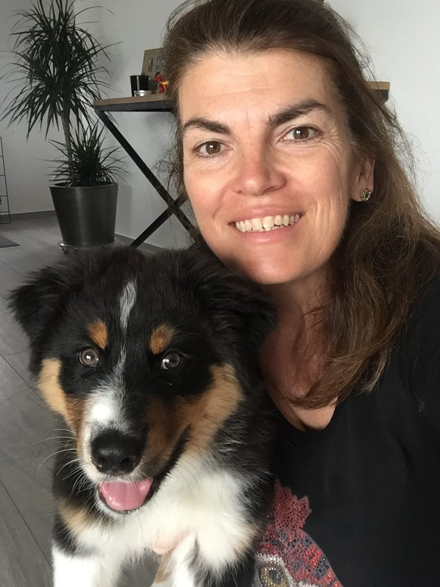 Mandy en puppy Floris
