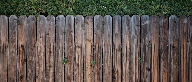 De schutting met de buren, wat zijn de regels eigenlijk?