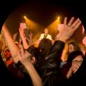 Lounge DJ Johan Post kies voor een ervaren dj hier in actie tijdens themafeest in het Evertshuis te Bodegraven
