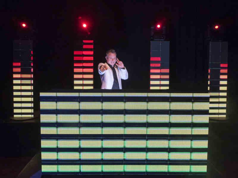 DJ in Bodegraven Zuid-Holland zoeken DJ Johan Post boeken