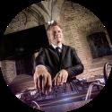 DJ Johan Post inhuren of boeken voor onvergetelijk evenement in Gouda