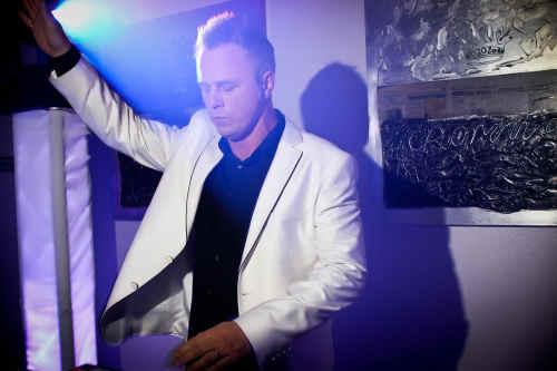 DJ in Bodegraven gezocht DJ Johan Post boeken of inhuren