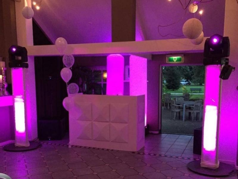 DJ in Gouda Partypeople in The Clubroom van De Zalm Gouda