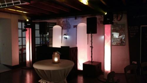 DJ show in Bodegraven met DJ Johan Post bij Brouwcafé de Molen