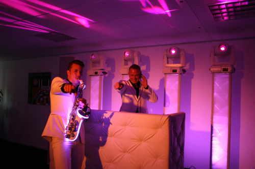 Allround DJ Johan Post beleef demo avond bij Ambitious in Reeuwijk