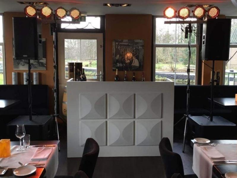 Veel sfeer met dj show huren in Reeuwijk bij Restaurant 't Vaantje