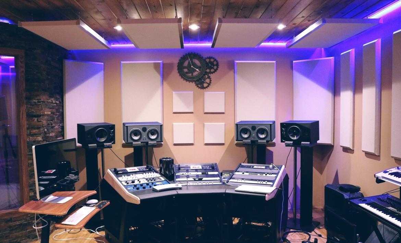 Studio monitors for music production
