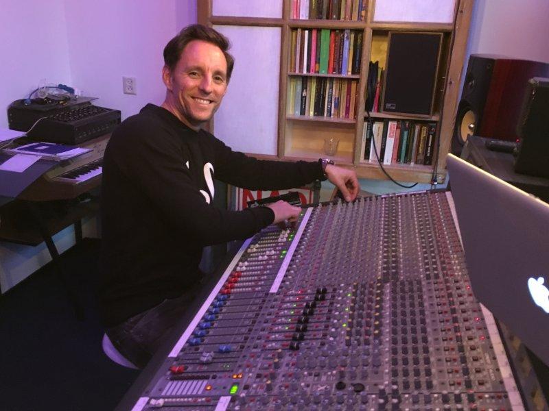 Wil je leren hoe je je eigen track kan mixen en masteren?