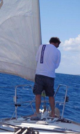schipper op voordek