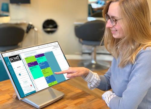 Salon software die werkt op tablet, telefoon en computer.