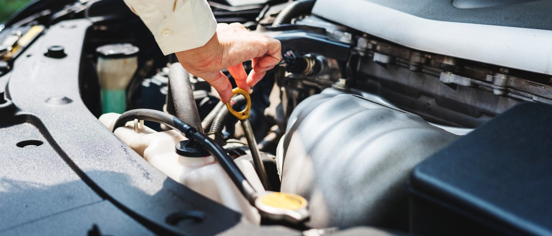 Auto verbruikt veel olie (Hoog Olieverbruik)