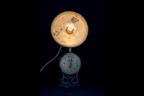 Weegschaal lamp