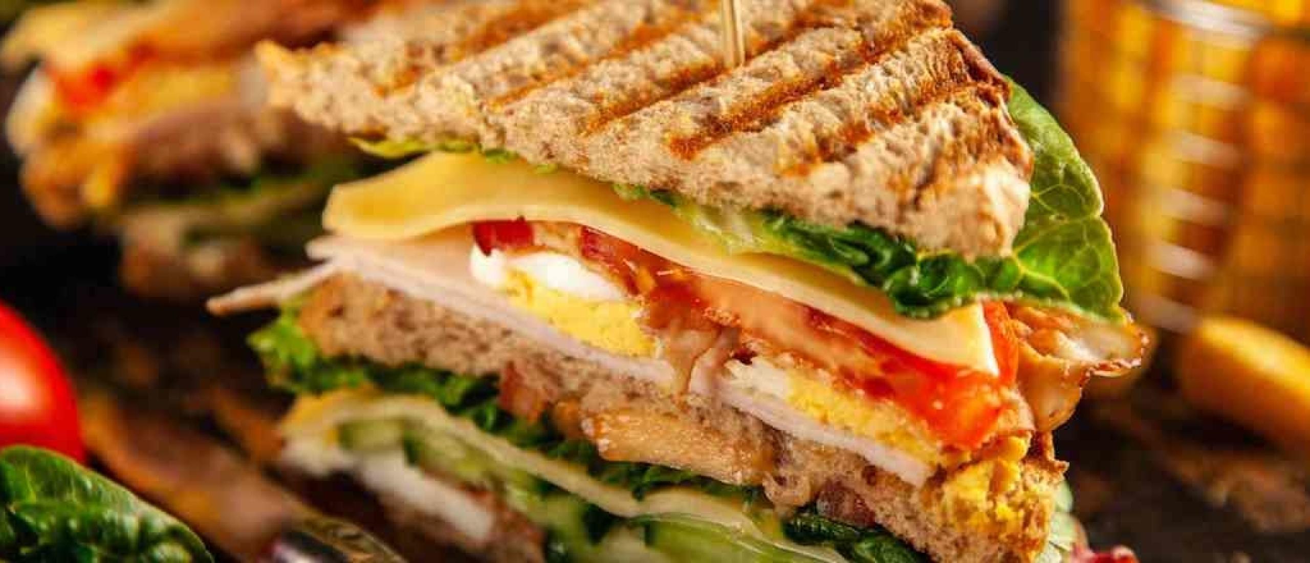 Clubsandwich voor een afwisselende lunch