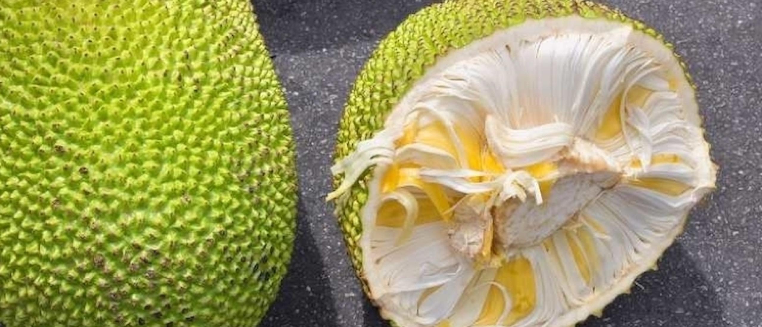 Gemarineerde jackfruit salade