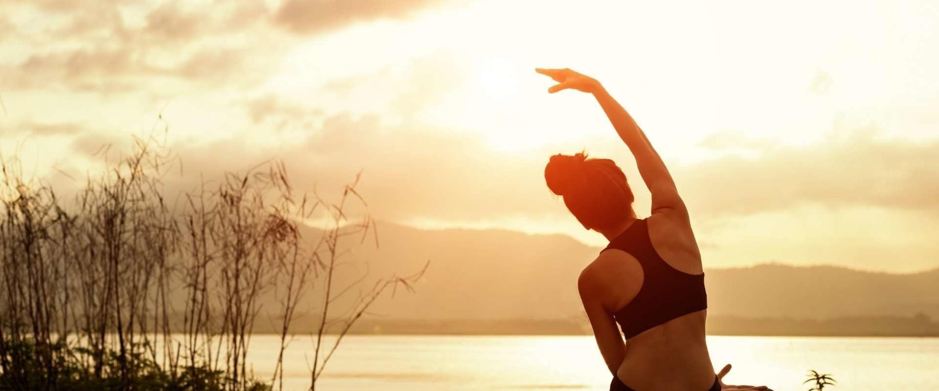 HWY practice online yogalessen volgen!