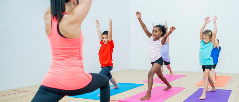 Yogalessen op school