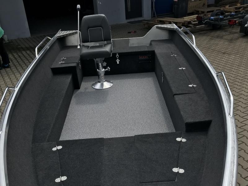 Brema aluminium visboot interieur