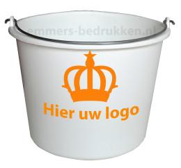 Melkwitte emmer met logo