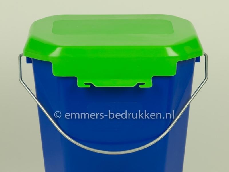 speenemmer met groene deksel