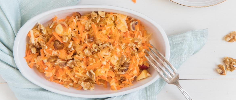 Recept: Frisse zuurkoolsalade om je goede darmbacteriën te vriend te houden