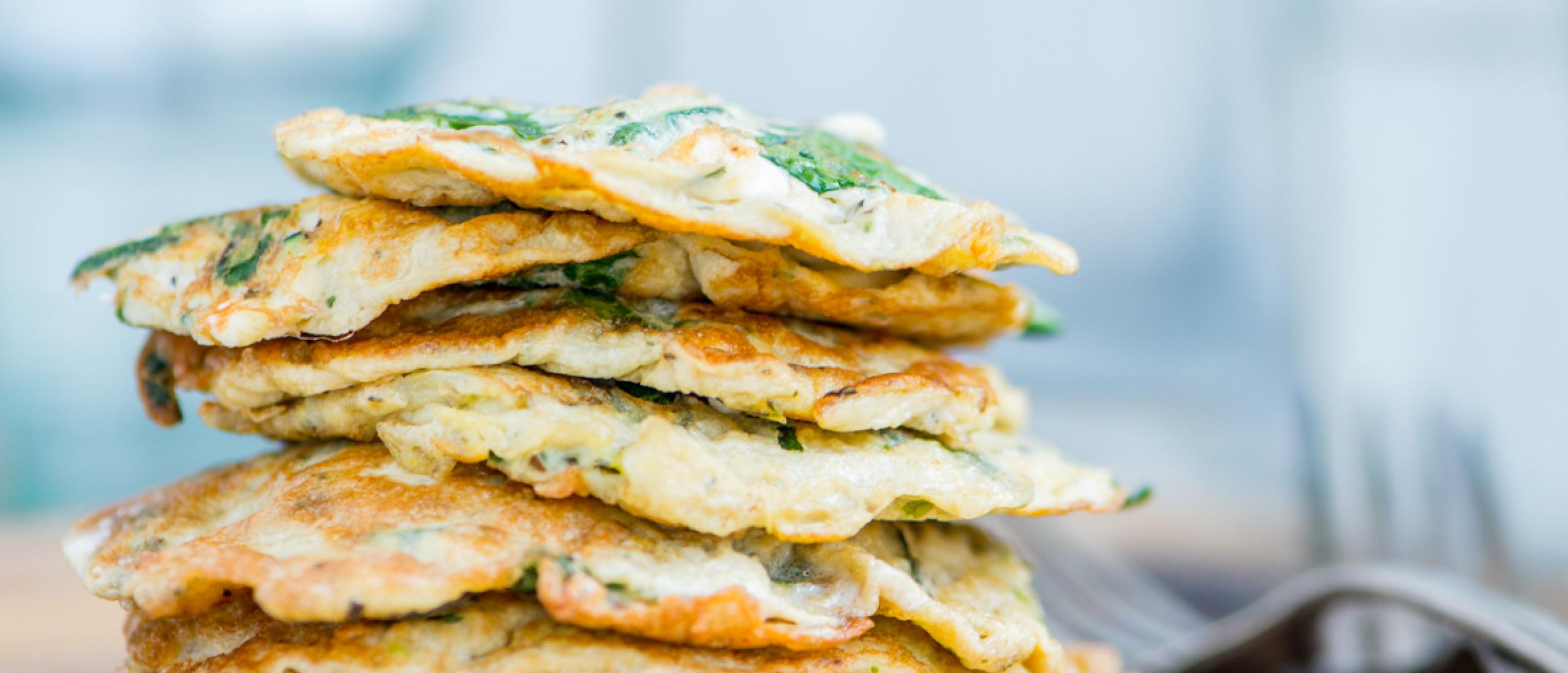Recept: Groene groenteomeletjes als verrassend ontbijt
