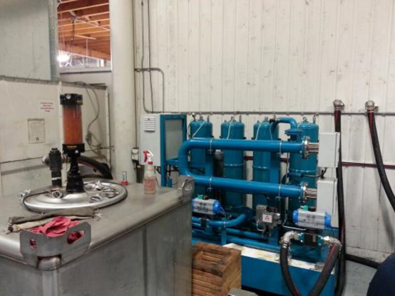 Gearbox flushing unit with super clean oil