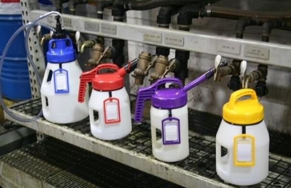 Label holders OilSafe