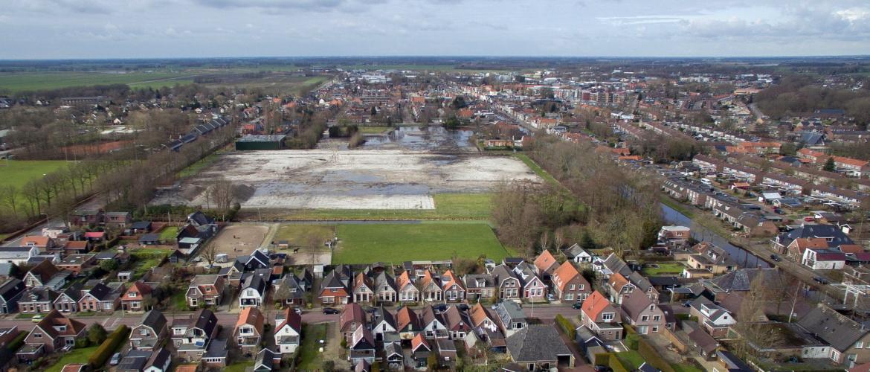 circa 90 grondgebonden woningen De Vries Kozijnen terrein te Gorredijk