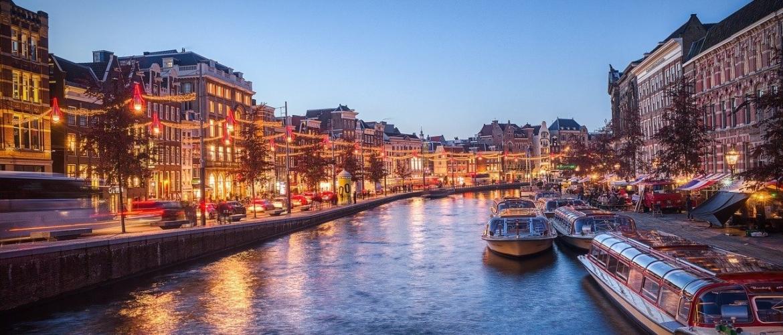 De Amsterdamse woningmarkt: Het is toch niet normaal meer…