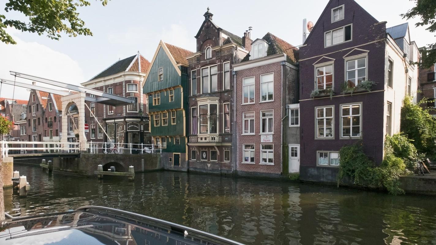 Wel of niet een aankoopmakelaar inschakelen in Alkmaar