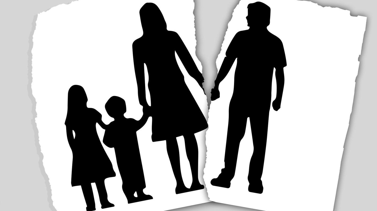 Uitkopen of verkopen na echtscheiding?